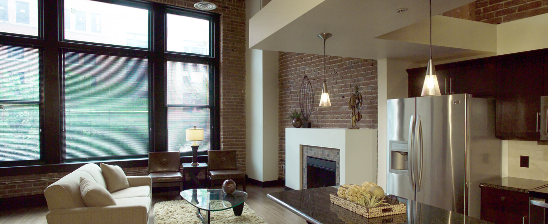 01-1920x1080-Old-MarketPlace-Apartments-Living-AreaFEATURE-1100x450.jpg