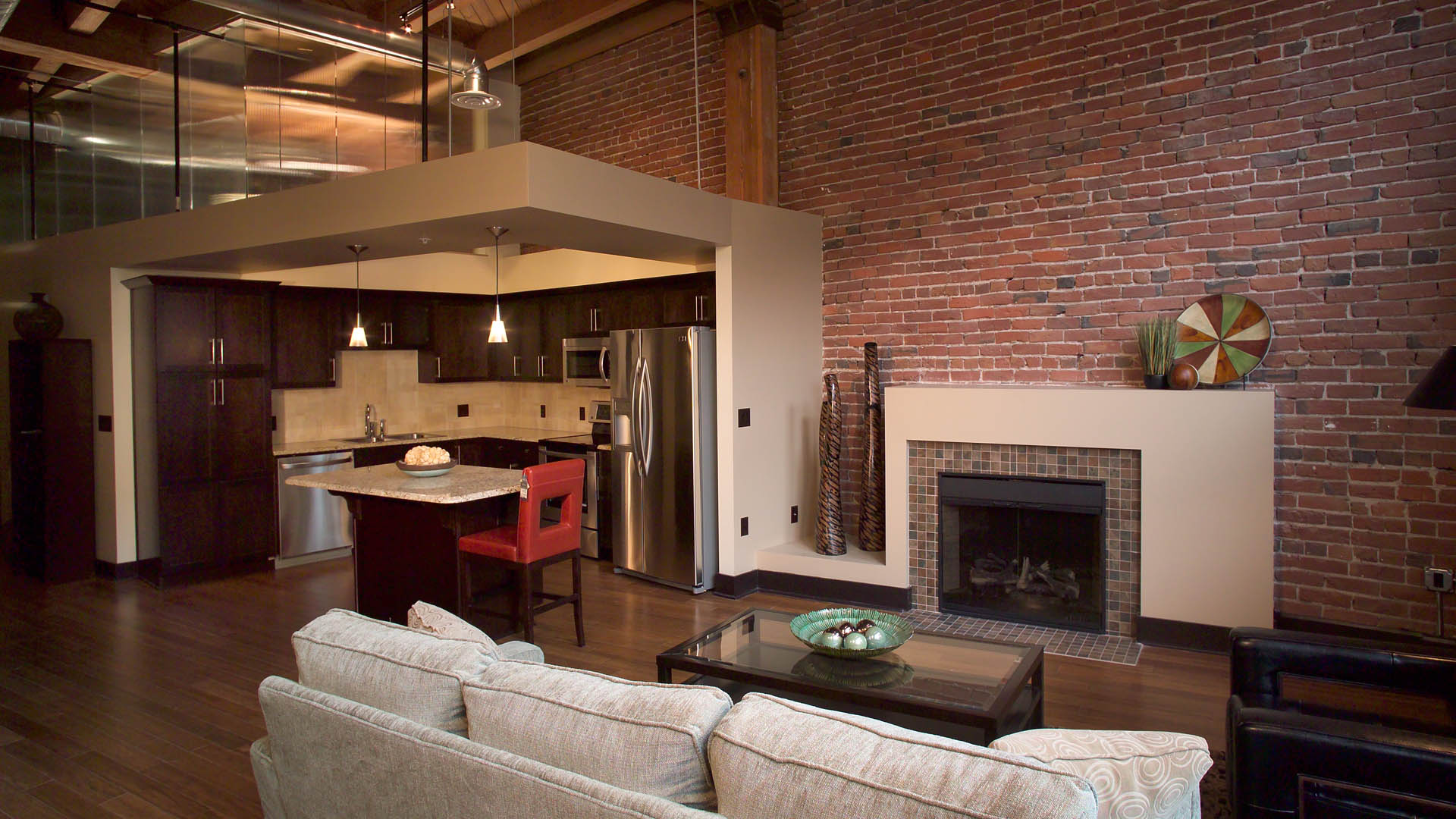 05 1920x1080 Old MarketPlace Apartments Fireplace 1100x450 ...
