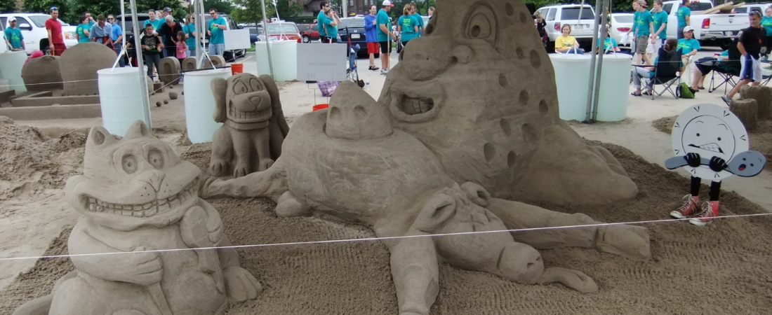 2012-Sand-in-the-City-002-1100x450.jpg